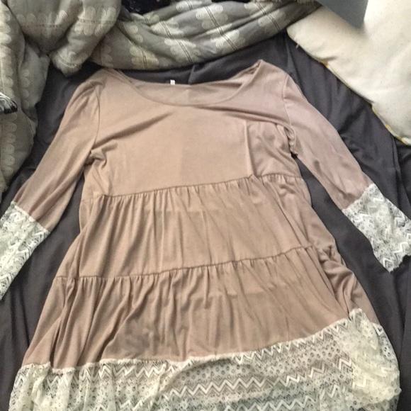ROMWE Dresses & Skirts - tan and white lace dress